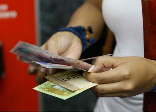 Inflación en Venezuela durante 2015 incrementó 180,9 %
