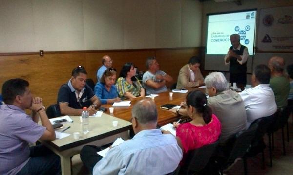 Dirigentes gremiales actualizan su plan de acción