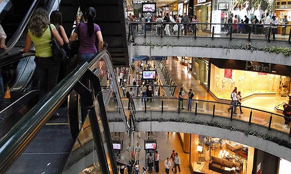 Malls esperan que flexibilicen medidas de ahorro energético