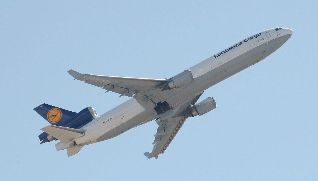 Con salida de Latam y Lufthansa se pierden más de 1.400 asientos semanales