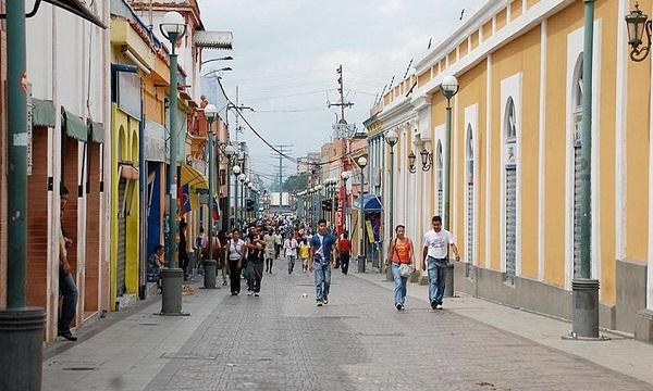Más de 600 comercios en Valencia podrían cerrar a final de año