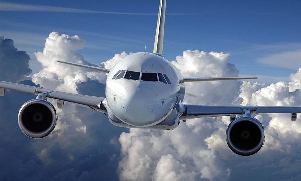 Aerolíneas locales sufren para suplir rutas que dejaron las extranjeras
