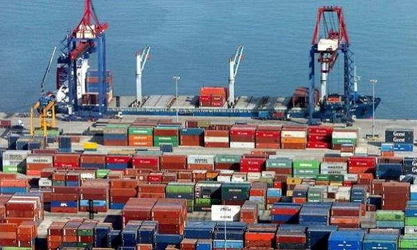 Intercambio comercial con Colombia cayó 40% en un año