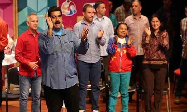 Maduro: Quiero dar un estatus legal a los Clap