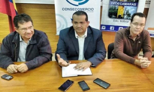 Consecomercio inaugura cátedra de formación periodística 'Nancy Gómez'