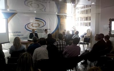 Camcaroní presentó memoria de los primeros 100 días de gestión
