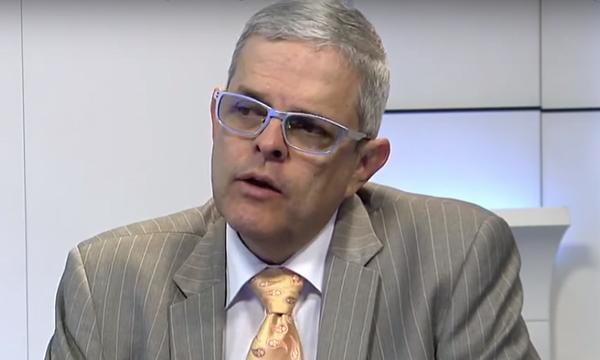 Larrazábal: En Venezuela hay dos vías, la violencia o el diálogo