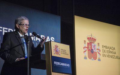 Larrazábal: la transición democrática española es considerada el modelo por excelencia de las transiciones políticas.