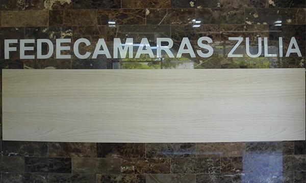 Empresarios y trabajadores del Zulia buscan opciones para sobrevivir la crisis