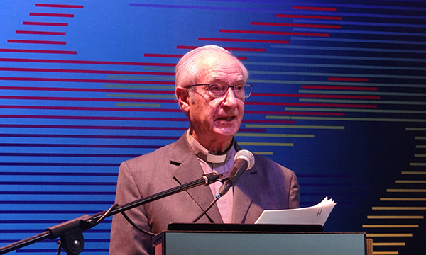 """Padre Luis Ugalde: """"empresa y nación necesitan reconocerse y aliarse explícitamente"""""""