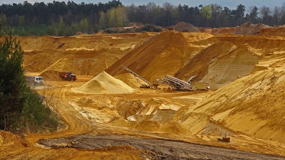 Opacidad en negociación de minerales impide operar en mercados internacionales