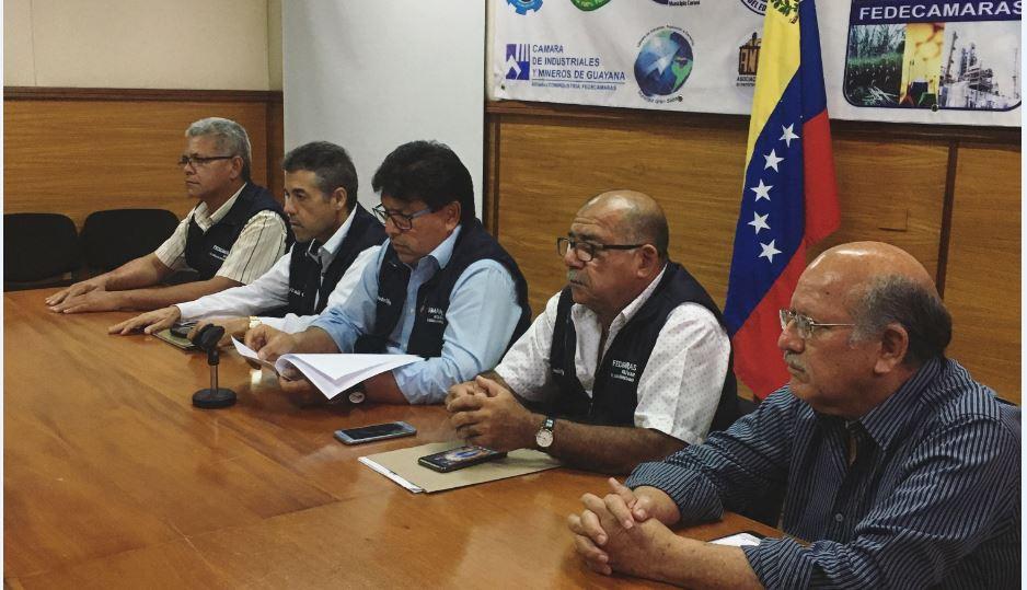 Escasez de gasolina afecta gravemente el sector privado en el estado Bolívar